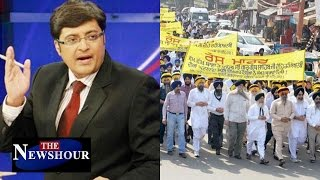 Holy Book Desecration In Punjab : The Newshour Debate (21st Oct 2015)