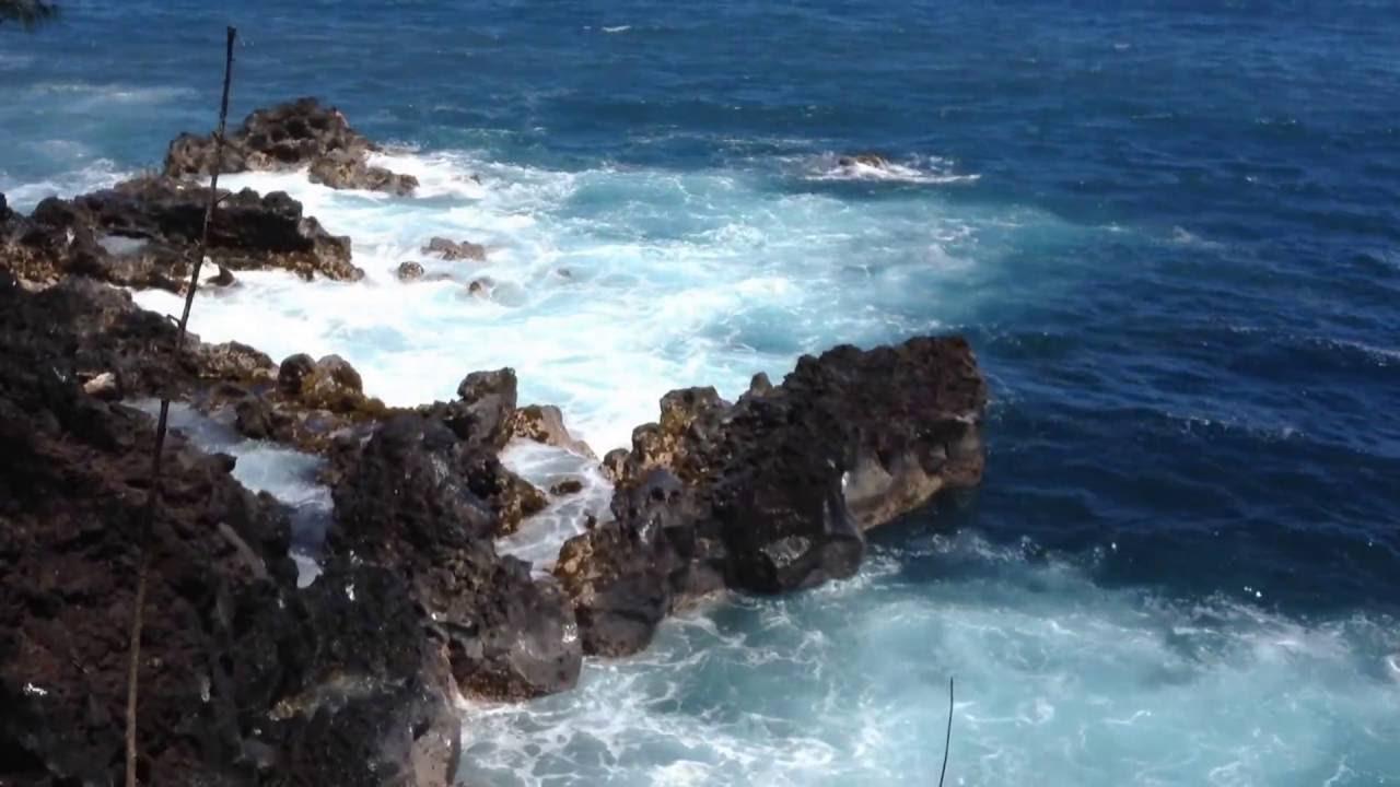 Naked Hippes At Kehena Beach  South Pahoa, Big Island -1617