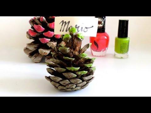 Segnaposto con pigne decorate tutorial youtube - Pigne decorate natalizie ...