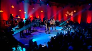 Frio [Live] - Wisin & Yandel Ft. Ricky Martin (Official Video Live) (HD)