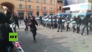 Enfrentamientos entre antifascistas y la policía italiana