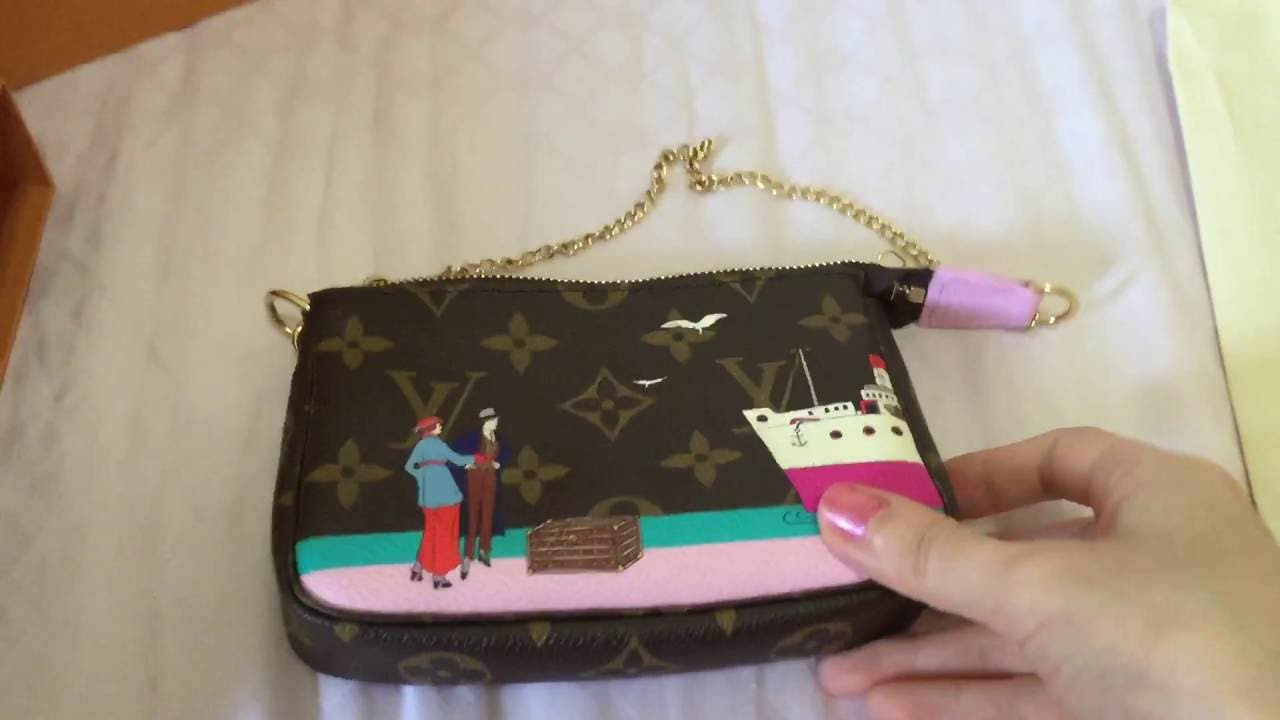 7ceef42d2246 Louis Vuitton 2016 Christmas Animation Mini Pochette Monogram Limited  Edition