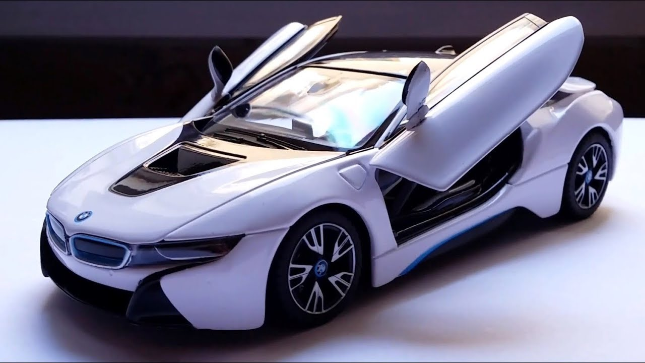 Reviewing The 1 24 Bmw I8 By Rastar Youtube