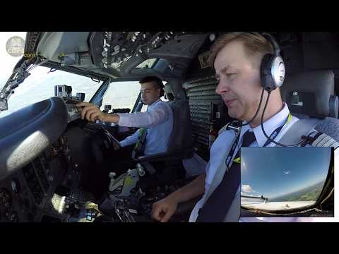 Young First Officer PERFECTLY pilots CLASSIC B737-300 of Air Baltic into Riga! [AirClips]