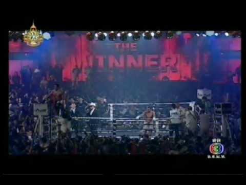 THAI FIGHT 27 Nov 2011 - บัวขาวโชว์ชนะน็อค ยกที่ 3.