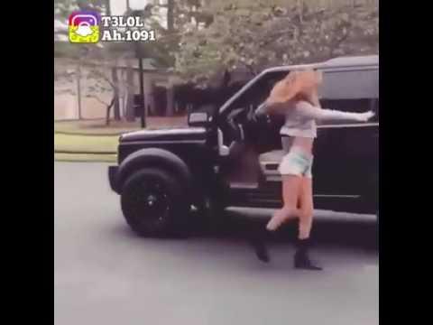 Kiki-Challenge - Aus dem fahrenden Auto aussteigen und tanzen
