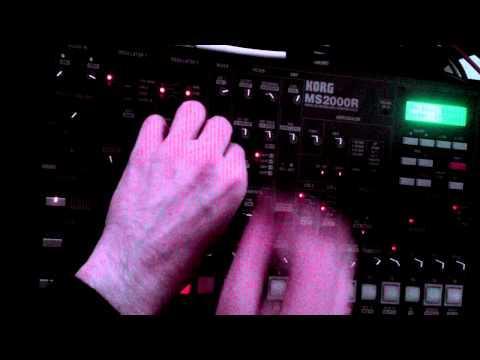 Korg MS2000R unboxing new + short jam