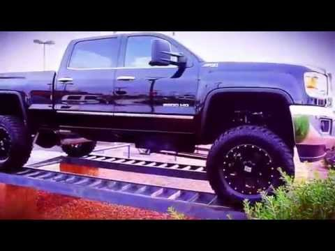 2015 GMC SIERRA CREW CAB DIESEL 4X4 LIFTED TRUCK FOR SALE!