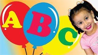 ABC música  aprender o alfabeto   alfabeto em português para crianças   Bia e Henry Kids