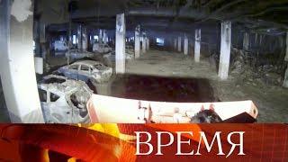 Двое суток понадобилось спасателям, чтобы потушить пожар вторговом центре «Синдика» наМКАД.
