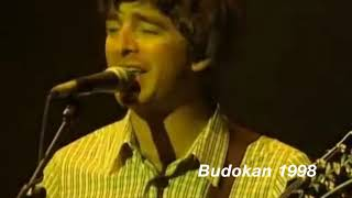 Baixar Liam/Noel Gallagher's Voice Evolution: Acquiesce (1996-2006)
