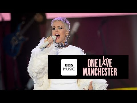 Katy Perry - Roar (One Love Manchester)