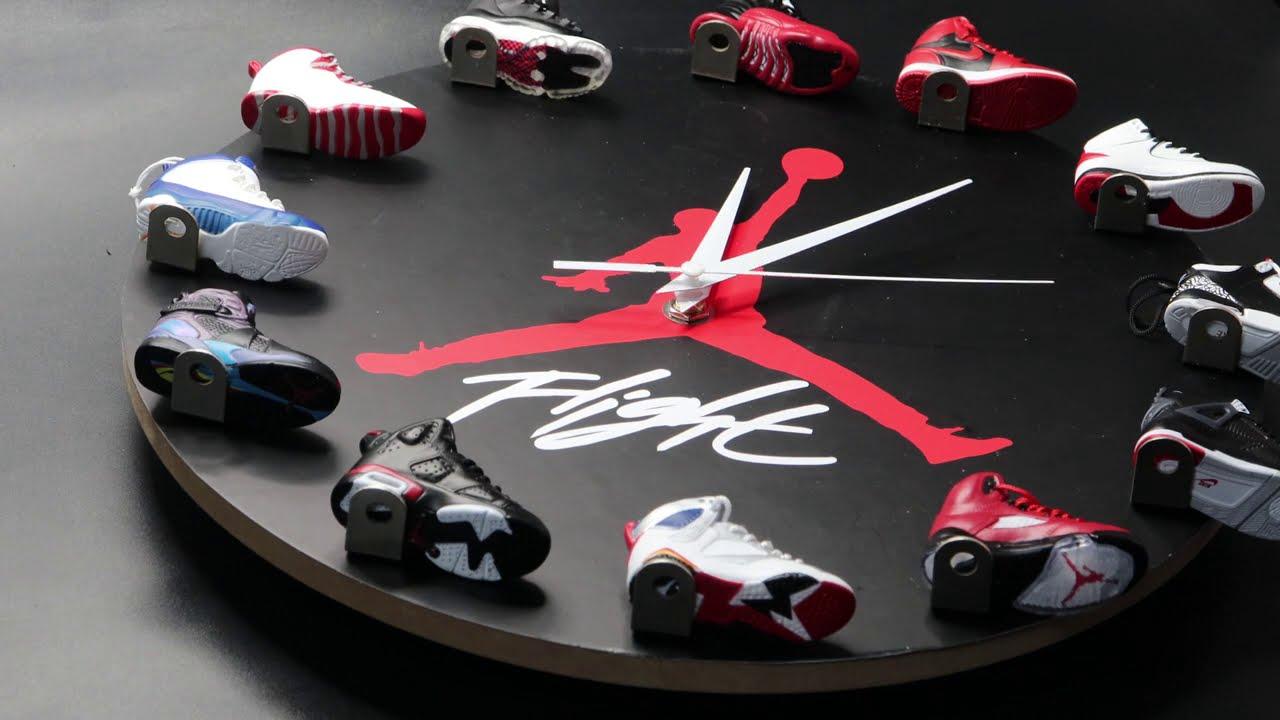 [Unboxing] Air Jordan 3D Sneaker Clock with 1-12 Mini Sneakers