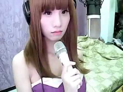 taiwanese cute girl with angelic voices