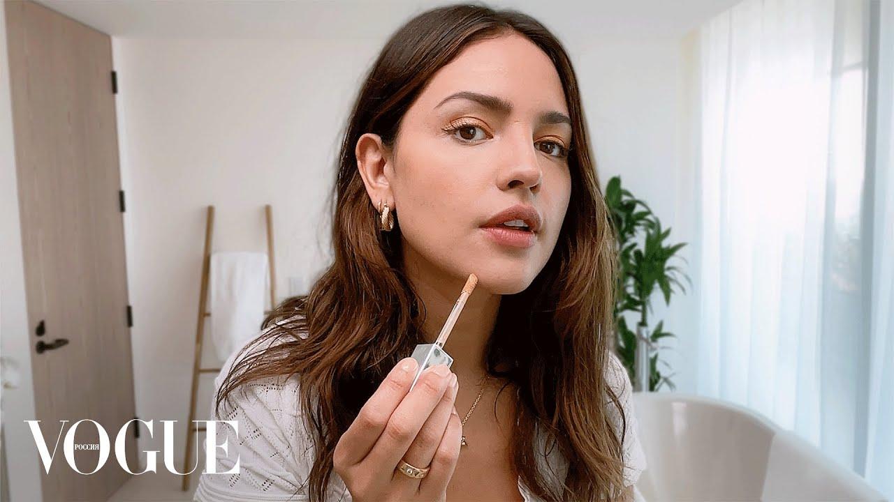 Эйса Гонсалес показывает как создать калифорнийское сияние кожи  Vogue Россия