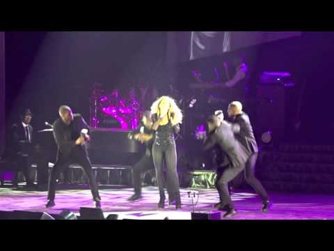 Mariah Carey - It's like that / Shake it off / Loverboy / Hearthbreaker live le 21/04/2016