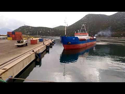 Как швартуют судно