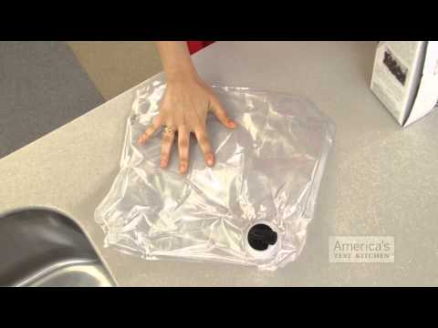 Make a Reusable Ice Pack from an Empty Box of Wine