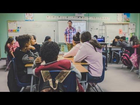 האם ההורה צריך להיות לטובת הילד או המורה?