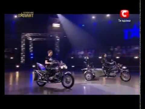 Украина мае талант 4 Лучшее - Богдан, Ирина и Владимир.flv