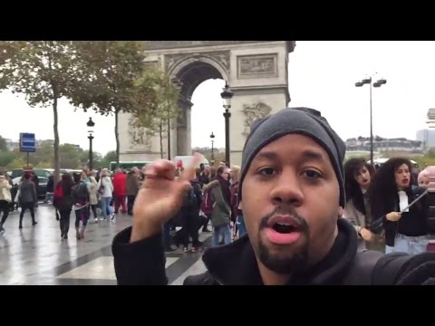 Walking around Paris. Eiffel Tower, Arc de Triomphe, and KFC Travel Vlog