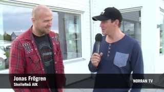 Fredrik Warg tar med Jonas Frögren på en rundtur