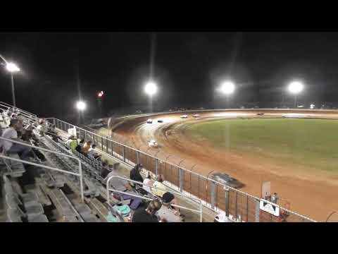 12 year old kid Racing @Golden Isles Speedway Mack10 superstreet feature Sept.22, 2018