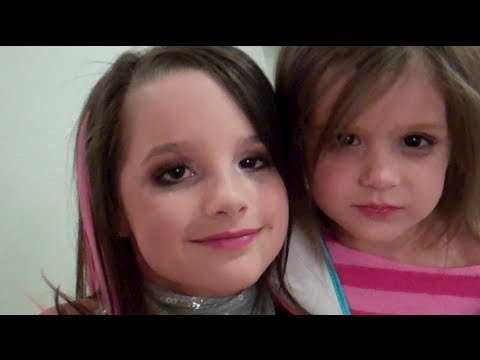Rockstar Molly (Fun Makeovers on Kids) (WK 78)