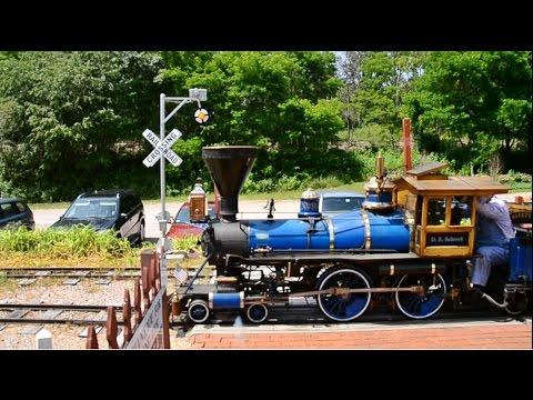 Wig-Wag signal at the Riverside & Great Northern Railroad