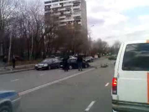 Авария на Матвеевской. Москва.