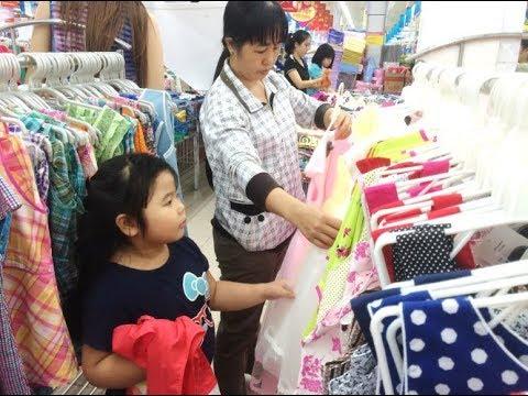 MC VTV rao bán áo khoác nam nữ dồng giá 60K nghe cực đã tại hội chợ