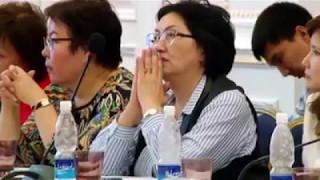 """Роза Отунбаева: """"Атамбаевди колдобогон президенттикке талапкерлер камакта отурушат"""""""