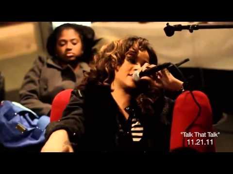 Rihanna cantando G4L en el Backstage - LOUD Tour