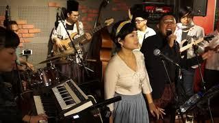Download Lagu The Jazz Djogets - Kopi Dangdut | The Music Parlour mp3