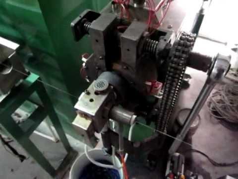 teflon extruding machine .avi