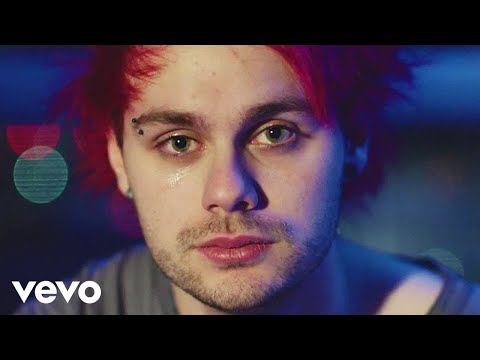 5 Seconds of Summer - Jet Black Heart (Official Video)