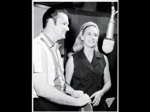 Tammy Wynette & David Houston - Back In Baby's Arms