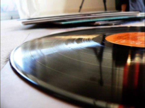 Emil Lassaria - Rupt The Beat