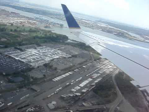 erj-145 United Express jet take off from Newark to Kansas Ci