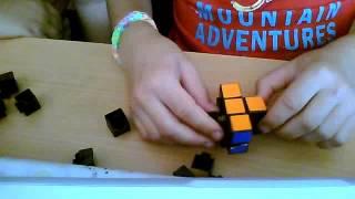 Собрать и разобрать кубик рубик по чистям