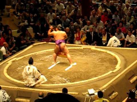 Sumo Cermony - Yumitori-shiki