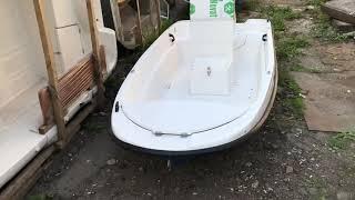 Обзор пластиковой Лодки Пингвин с консолью от компании Wyatboat