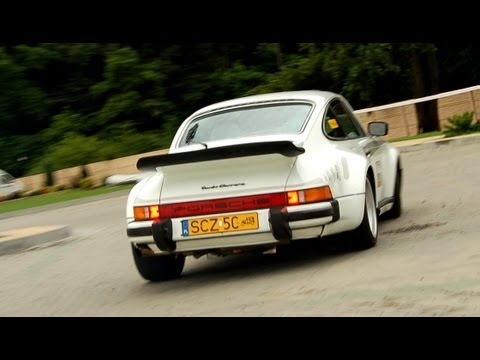 porsche 930 turbo whizzing turbo sound youtube. Black Bedroom Furniture Sets. Home Design Ideas