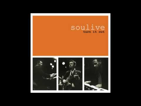 Soulive – Turn It Out (2000)