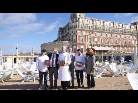 """Grand dîner de charité à l'Hôtel du Palais Biarritz au profit de l'Association """"Toutes à l'école"""""""