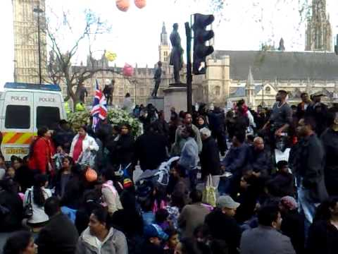 Tamil Protestors Occupy Roads around Parliament Square for 2nd time - 13/04/09