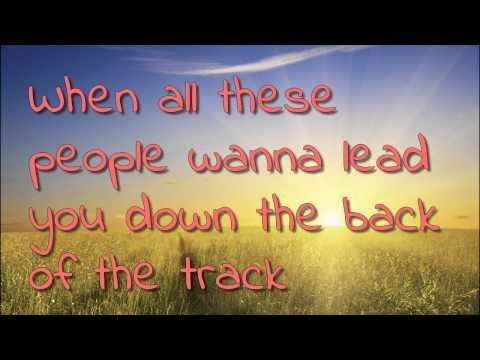 Travis - Walking in the sun (Lyrics)
