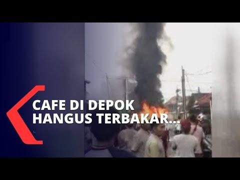 Sebuah Kafe Di Depok Hangus Terbakar