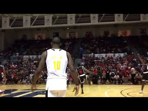 James Harden finds Chris Paul for a two-handed alley-oop dunk