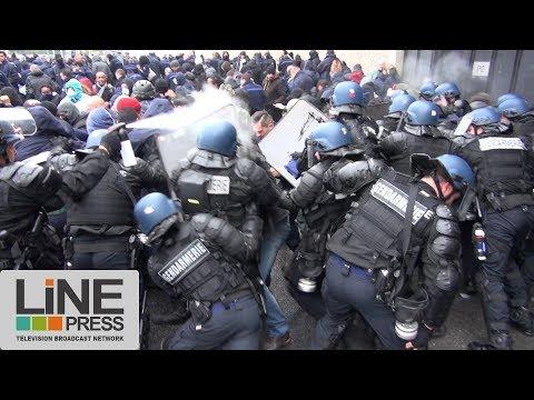 Incidents lors d'une évacuation de force d'une prison / Fleury-Mérogis (91) - France 24 janvier 2018
